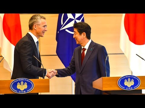 NATO Secretary General with the Prime Minister of Japan, 31 OCT 2017
