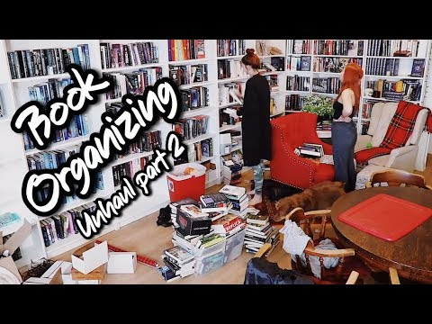 SORTING & PACKING UP MY BOOKSHELVES! #Moving