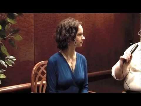 Hilary Hahn discusses Korngold Violin Concerto