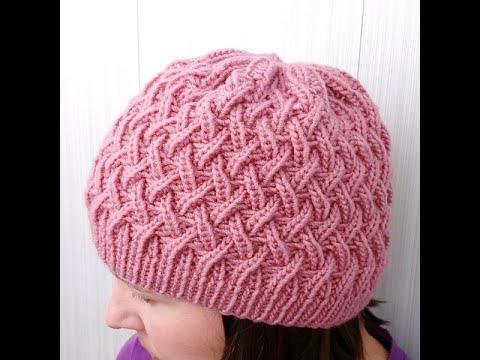 Вязание спицами шапок для женщин с описанием