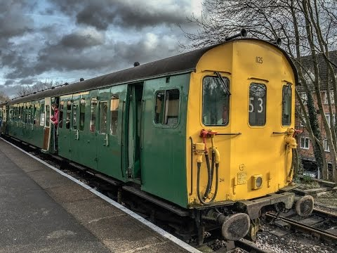Class 205 DEMU Thumper No1125 Departs Alton On Saturday 20th February 2016