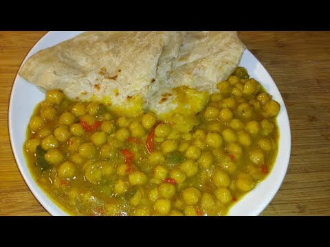 Coconut Curry Chickpeas And Roti