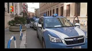 Droga e tentati omicidi, 25 arresti nei clan Mercante e Strisciuglio