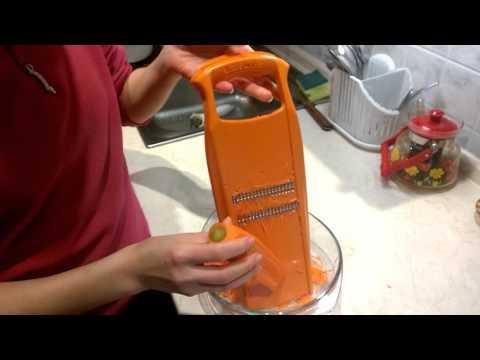 Как натереть морковь по корейски на терке обычной