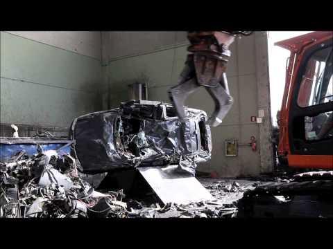 car dismantler + Italmek ROBOTIC handler (for engine ripping)
