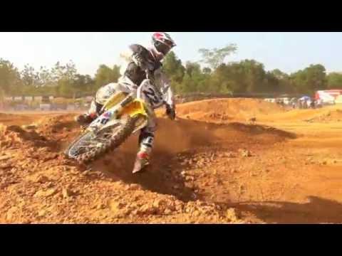 "Paddock Club: FMSCT Thailand Supercross 2011, Final Round - Chantaburi ""Friday"""