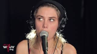 """Wolf Alice - """"Don't Delete The Kisses"""" (Live at WFUV)"""