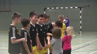 CZ7-FC Yellow w Niemczech-Międzynarodowy Turniej Halowy w Ostritz 2019-Dekoracja Gutek MVP