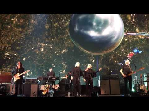 """Breathe"" Roger Waters Dress Rehearsal 5/21/2017 Meadowlands Arena"