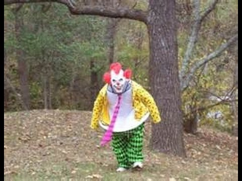 Clowns lure children to woods near South Carolina apartments