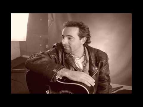 Bruce Springsteen - 1973 - Lost In The Flood - Slideshow in HD! mp3