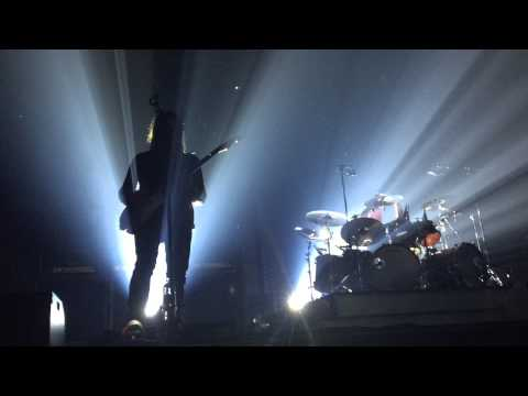 Dizzy Mizz Lizzy(Live Århus 25/4/15) - Intro + I would if I could, but I can't
