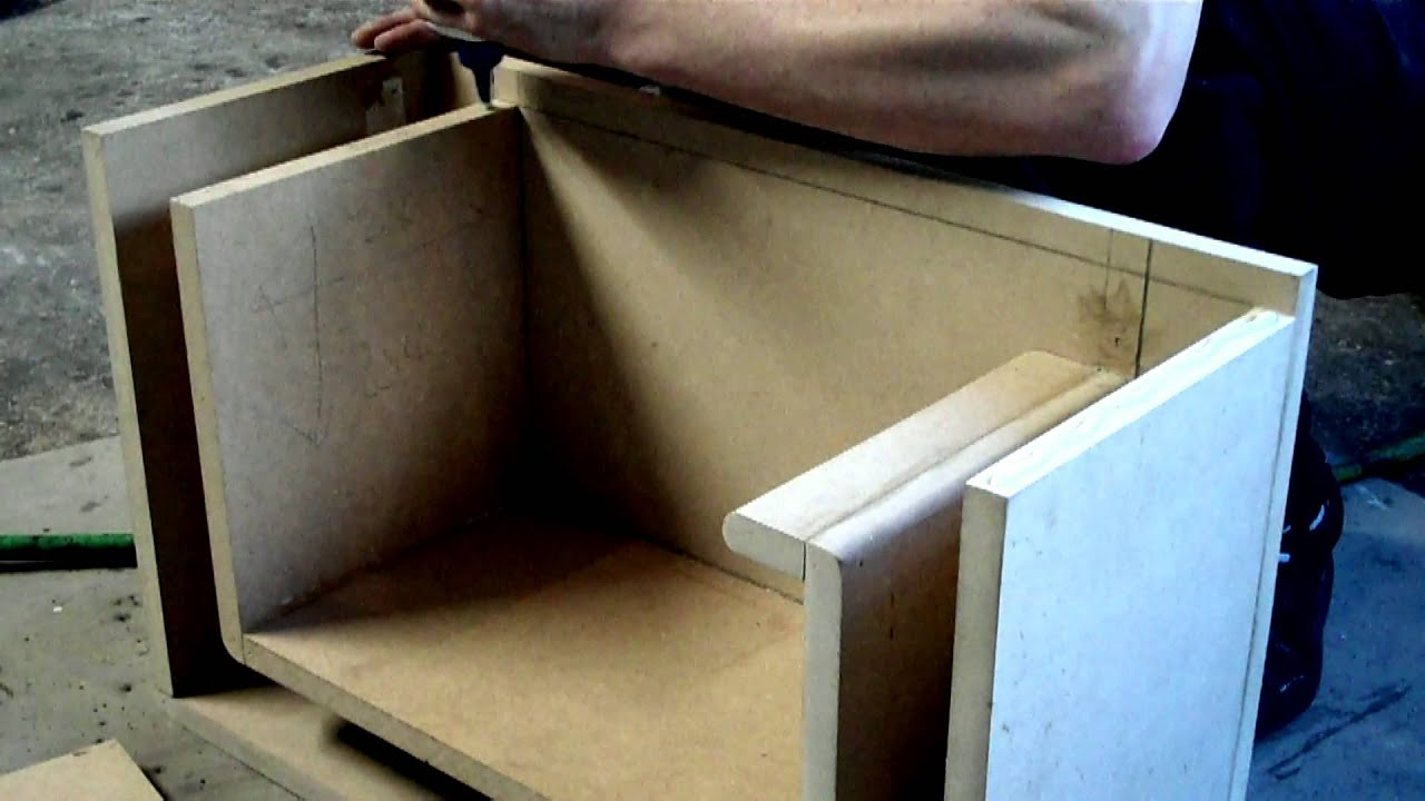 "Building A 8"" Ported Sub Box 18mm MDF"