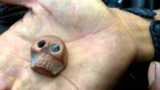 MEXICO RELOADED: Raul and the strange one eye Skull (ESP)