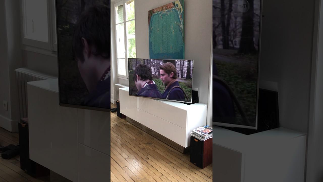 Video Elegance Et Technologie Meuble Tv Escamotable
