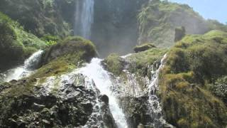 Download Video Video hot terbaru di sungai MP3 3GP MP4