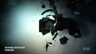 Fringe - Générique bleu de la saison 3
