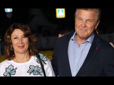 Срочно! Жена Лещенко вышла на связь, шокировала заявлением. Леву вернули в палату: Мы молимся