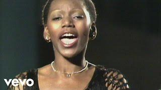 Boney M. - Sunny (ZDF Pariser Charme und viel Musik 23.12.1976)
