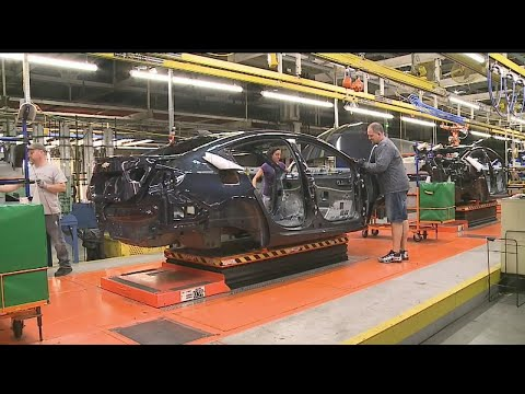 GM Lordstown caught in crossfire of politics and slow car sales