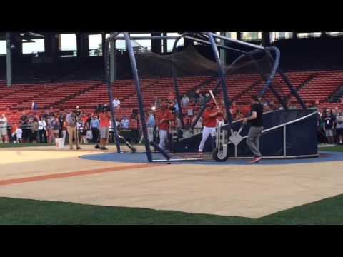 Andrew Benintendi takes BP before Fenway debut with Red Sox