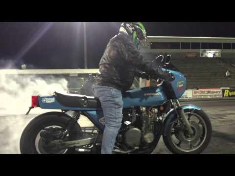 Kawasaki Z1R Outruns Zx-14!