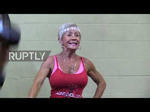 Meet Iris Davis, The 75 Y.o. BODYBUILDING GURU Setting World Records