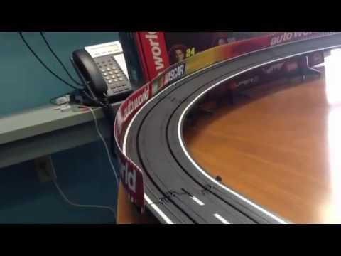 Auto World Hendrick Motorsports Slot Set (SRS316) in Action!