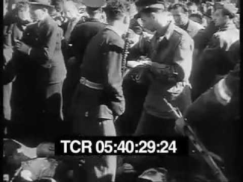 Après la mort de Mussolini scènes de liesse