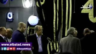 بالفيديو.. سامي عنان يقدم العزاء لأسرة الراحل طارق سليم