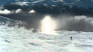 whistler-Blackcomb-pixie-dust and light pillar