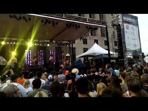 Live On The Green! (Nashville, TN)