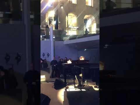 Download Ultimo Apple  live finale Mp4 baru