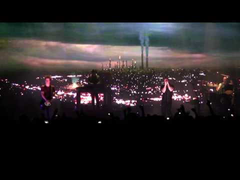 Nine Inch Nails - In This Twilight (Live) - Sacramento HD Multi-Cam