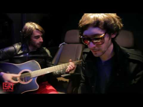 Pony Pony Run Run - Music sounds better with you (Stardust cover) | SK* Session