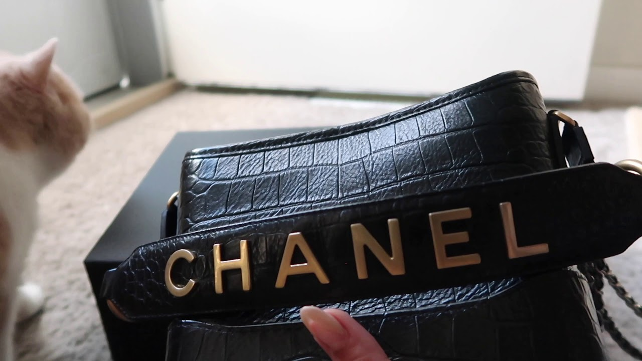 e10a5ee8d6ae83 Chanel Small Gabrielle Croc Embossed - Unboxing First Impressions and What  Fits