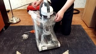 Unboxing Simple Value Bagless Upright Vacuum Cleaner (Black+Decker Airswivel)
