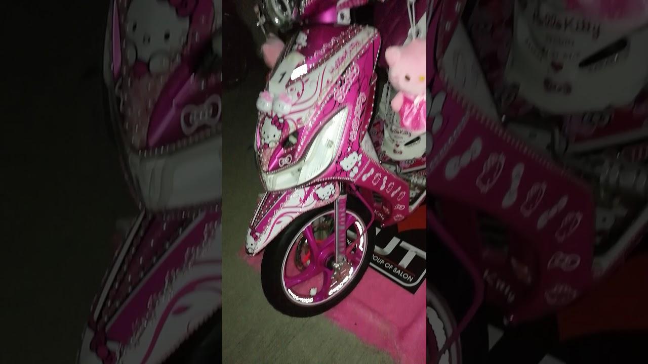 Hello Kitty Honda Beat Motorcycle Youtube