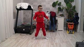 Дима тренируется перед городским турниром по Ката. 01.12.2018