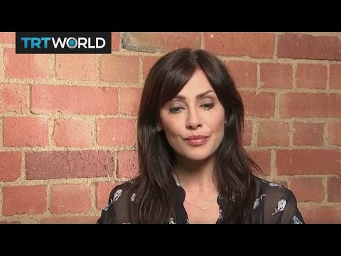 Showcase: Natalie Imbruglia makes a comeback
