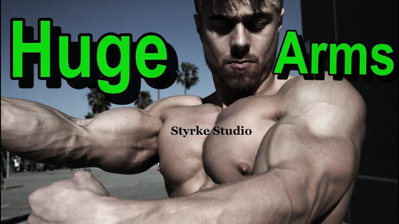 Workout Teen Muscle Model Zach HUGE Arms Styrke Studio
