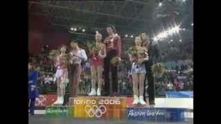 Tatiana Totmianina and Maxim Marinin 2006 Olympic02-20-2_pairs_medal_ceremony
