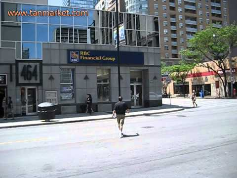 RBC Bank - Yonge st dowtown Toronto 19 june 2013 - youtube.com/tanvideo11