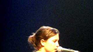 The sound of White- Missy Higgins, youngcare 2010