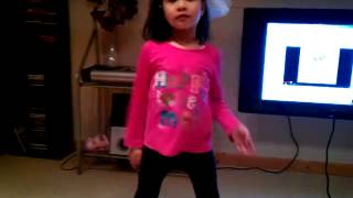 Kingskie22. Robot dance by Amy..mirda rock