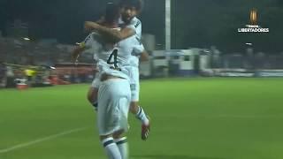 Atlético Mineiro se impone en la ida ante Defensor