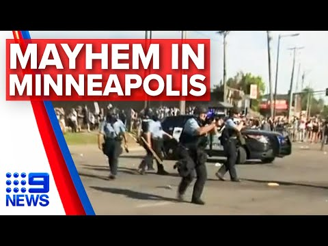 Minneapolis protests erupt on camera after man allegedly stabbed | Nine News Australia