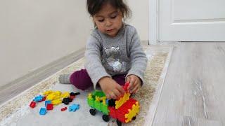 Ayşe Ebrar Yeni Lego Oyuncağı Aldı ve İtfaiye Arabası Yaptı.