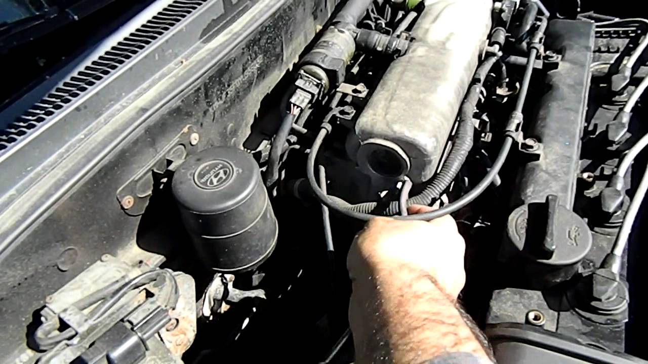 throttle position sensor location 2001 hyundai tiburon