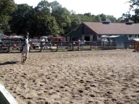 Columbia University Equestrian Team CUET Jessica N...
